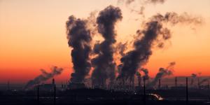 Umweltverschmutzung durch Kraftwerk. Foto: SD-Pictures / Pixabay.com